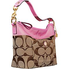 Handbags With Style. For many women, purchasing a genuine designer bag is not really something to hurry straight into. Because they handbags can easily be so high priced, ladies usually worry over their decisions before making an actual bag acquisition. Discount Coach Bags, Coach Bags Outlet, Cheap Coach Bags, Coach Handbags, Coach Purses, Purses And Handbags, Handbags Online, Burberry, Gucci