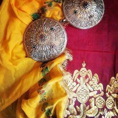 Trikeri - Greece - Greek destination - Traveller - Backpacker - Travel - Trip - Village Trikeri - Traditional costume - Trikeriotisa --> ( klidotaria & korveti ) Fashion Project, Traditional Dresses, Greece, Costumes, Travel Trip, Projects, Backpacker, Blog, Folklore