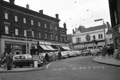 Hanley: The Bert Bentley Collection. Stoke Sentinel. Market Square & Piccadilly.
