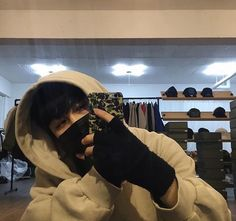 asian, boy, and fashion image Hot Korean Guys, Korean Boys Ulzzang, Ulzzang Couple, Ulzzang Boy, Korean Photoshoot, Cute Boys Images, Blonde Boys, Grunge Photography, Masked Man