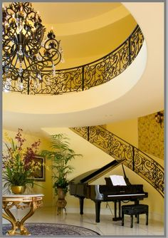 ... love the piano and the staircase railing!..