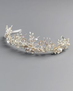 Hand Wired Gold or Rose Gold Botanical Wedding Tiara Cute Jewelry, Hair Jewelry, Bridal Jewelry, Jewellery, Jewelry Ideas, Silver Tiara, Rose Gold Pearl, Wedding Tiaras, Bridal Tiara