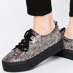 Directas a la #wishlist  @liketoknow.it www.liketk.it/27NbC #liketkit #glittershoes #glitter #barcelonette