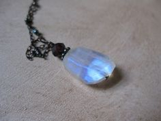 Rainbow moonstone nugget, oxidized silver necklace. #moonstone #silver #jewelry #necklace