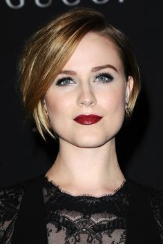 Evan Rachel Wood is never shy to take a risk when it comes to her hairstyle. Long, short and everything in between, the 27-year-old beauty has tried the lot. Her latest look, a glossy cropped bob, is a striking style, and it gets even better...