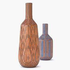 Toumas Markunpoika convierte lápices en hermosos jarrones .. https://redespress.wordpress.com/2015/01/25/tuomas-markunpoika-jarrones-de-lapices/