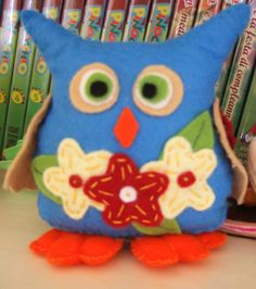 gufo fermalibri in pannolenci, felt bookends owl