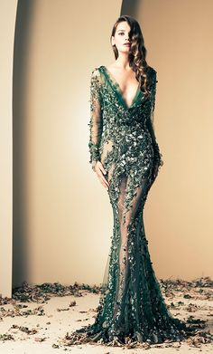 Lebanese fashion designer Ziad Nakad unveiled his new Haute Couture fall/winter 2013 collection of gorgeous evening dresses and gowns. Haute Couture Gowns, Haute Couture Style, Couture Mode, Couture Dresses, Couture Fashion, Fashion Dresses, Evening Dresses, Prom Dresses, Formal Dresses