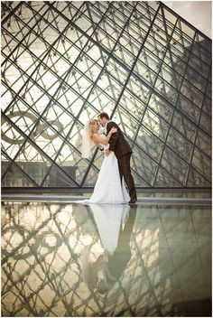 Romantic Parisian Elopement by Wedding Luxe {Destination Weddings in Europe} www.wedding-luxe.com
