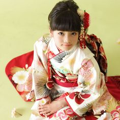 The little girl of the kimono. It is a kimono for the celebration of the…