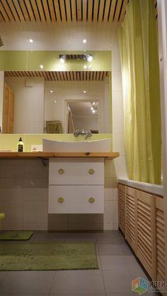 Bathtub Shower Combo, Bathtub Tile, Zara Home, Wood Wall, Tile Floor, Ikea, Sweet Home, Kitchen Cabinets, Flooring