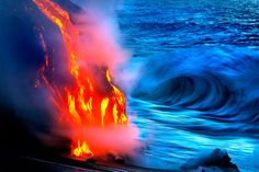 Lava flowing into the Pacific Ocean from a volcano in Hawaii, are the work of CJ Kale and Nick Selway Volcano Photos, Erupting Volcano, Hawaii Volcano, Lava Flow, Budget Planer, Big Island, Island Girl, Natural Wonders, Islands