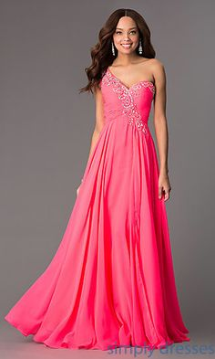 Shop prom dresses and long gowns for prom at Simply Dresses. Floor-length evening dresses, prom gowns, short prom dresses, and long formal dresses for prom. Nude Formal Dresses, Strapless Dress Formal, Nice Dresses, Long Prom Gowns, Long Bridesmaid Dresses, Prom Dresses, Gold Evening Gowns, Evening Dresses, Elise Fashion