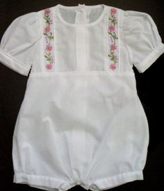 Baby Infant Girls White Bubble Romper with PiNk Flower Ribbon Embroidery Detail SIZE 12 months