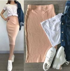 Trendy Skirt Fashion Style Shoes 49 Ideas Source by ideas fashion Modest Outfits, Skirt Outfits, Modest Fashion, Skirt Fashion, Chic Outfits, Trendy Outfits, Fall Outfits, Fashion Outfits, Fashion Ideas