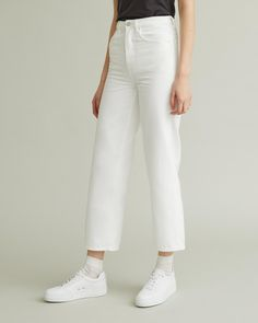 Wide leg cropped style jeans with a vintage look made with a non-stretch cotton twill. Jeans Style, Vintage Looks, Designing Women, Wide Leg, Legs, Denim, Apothecary, Model, Cotton
