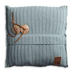 Knit Factory 1101209 Dekokissen Strickkissen Aran mit Füllung, 50 x 50 cm, stone grün