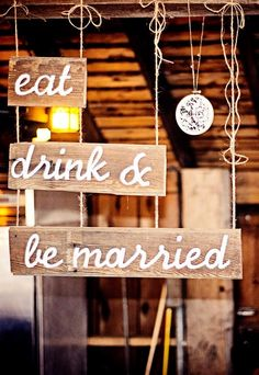 A rustic barn wedding ceremony and reception styled by Homestead Chic at Kennekuk Cove County Park in Danville, IL