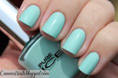 Canvas Nails: Pure Ice Home Run ... wanna try!