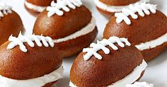 Just craving a cake recipe? This adorable mini cake recipe gets its football look from simple frosting piping and fall flavor from canned pumpkin. Football Cakes, Football Snacks, Football Parties, Mini Desserts, Sweet Desserts, Fall Recipes, Holiday Recipes, Canned Pumpkin Recipes, Cupcake Cakes