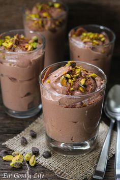 Baileys chocolate mousse with tofu.