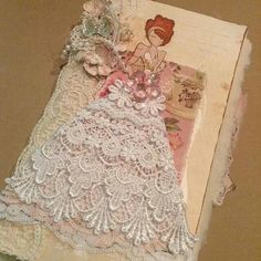 Fabric Journal created by Bona Rivera-Tran.  Bona is amazingly talented…..love to see what she will create next!