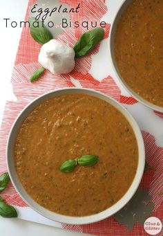 This eggplant tomato bisque gets its creaminess from coconut milk and only has 9 ingredients! Vegan Recipes Easy, Soup Recipes, Vegetarian Recipes, Vegan Ideas, Vitamix Recipes, Clean Recipes, Veggie Recipes, Free Recipes, Fodmap