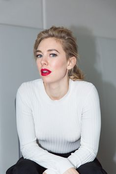 Why Netflix's Royal Drama 'The Crown' Is Your Next Binge: Netflix's newest, buzz-y-est (& biggest-budgeted, coming in it at a whopping $100 million) venture, The Crown, pulls the curtain on the most guarded family. We sat down with Vanessa Kirby, who plays the Queen's rebellious sister, Princess Margaret, & Jared Harris, who takes on the role of King Charles VI, to talk about the most surprising scenes, & what it was like to work on such a big-budget production.   coveteur.com