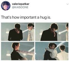 When i saw this picture i literally cried my eyes out.like yixing is so cute a nice.and shows how exo are family! Exo Ot12, Kaisoo, Chanbaek, Chanyeol Baekhyun, Exo Kai, Lay Exo, K Pop, Exo Facts, Young K