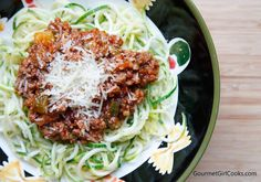 Gourmet Girl Cooks: Spaghetti & Meat Sauce w/ Grain Free Zoodles