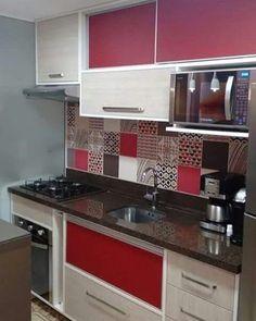 Best Ideas For Kitchen Modern Cabinets Cuisine Modern Kitchen Cabinets, Red Kitchen, Kitchen Dishes, Modern Kitchen Design, Kitchen Colors, Kitchen Furniture, Kitchen Interior, Kitchen Decor, Decorating Kitchen