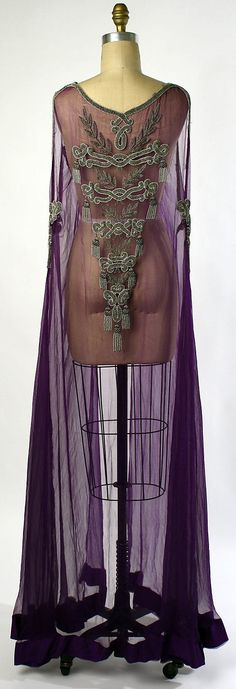 Negligée.  Date: 1918. Culture: American. Medium: silk. Dimensions: Length at CB: 58 in. (147.3 cm).