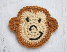 Repeat Crafter Me: M is for Monkey: Crochet Monkey Applique Free Crochet Pattern. Marque-pages Au Crochet, Appliques Au Crochet, Crochet Monkey Pattern, Crochet Mignon, Crochet Gratis, Crochet Motifs, Crochet Amigurumi, Cute Crochet, Crochet Patterns