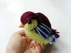 Diy Cute Yarn Bird  •  Free tutorial with pictures on how to make a decoration in under 30 minutes