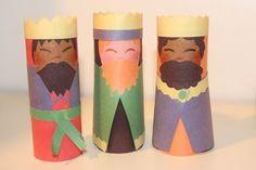 Pequeninos de Jesus: Nascimento de Jesus com rolinhos de papel.