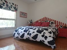 Marvelous Cow Room