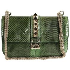 Preowned Valentino Garavani 'vavavoom' Bag In Green Python Leather (14.130 RON) ❤ liked on Polyvore featuring bags, handbags, shoulder bags, green, green leather purse, valentino purses, chain shoulder bag, leather shoulder bag and genuine leather shoulder bag