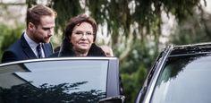 Premier Kopacz: Nie można zorganizować referendum ws. odwołania Adamowicza https://www.radiogdansk.pl/index.php/wydarzenia/item/22307-premier-kopacz-nie-mozna-zorganizowac-referendum-ws-odwolania-adamowicza.html