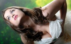 Download Wallpaper Princess, Cleavage, Erotic, Cute Girl, Wedding Dress, Boobs, White, Beautiful Women, Paloma, Sexy, section девушки Resolution 1280x800