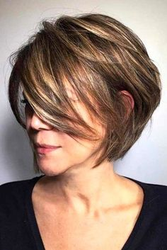 Charming Short Ombre Hairstyles Ideas For Women 49 Bob Haircuts For Women, Haircut For Older Women, Short Bob Haircuts, Layered Haircuts, Straight Hairstyles, Haircut Short, Haircut Thin Fine Hair, Short Stacked Hairstyles, Hairstyles For Older Women