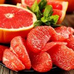 Grapefruit nutrition is rich in vitamins and minerals that are proper for your body especially when you are trying to lose weight. Healthy Breakfast Recipes, Healthy Eating, Healthy Recipes, Healthy Fit, Healthy Weight, Healthy Snacks, Dieta Dash, Grapefruit Diet, Grapefruit Benefits