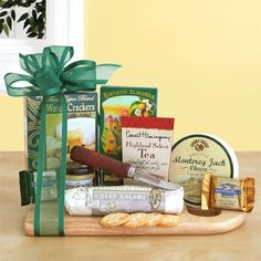 Cheesboard Complete Gourmet Gift Basket By California Delicious