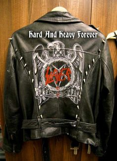 LOVE IT! I WANT THAT BACK PATCH!!! \m/