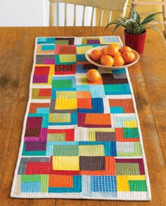modern table runner - wow love those solids