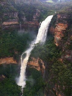 Spectacular waterfall at Wentworth Falls in the Blue Mountains, Australia Oh The Places You'll Go, Places To Travel, Places To Visit, Blue Mountains Australia, Australian Holidays, Les Cascades, Beautiful Waterfalls, Australia Travel, Sydney Australia