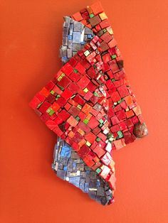 Mosaic art - Red fold - from the banquet table