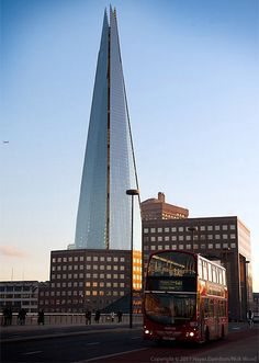 The images juxtapose The Shard with some of London's most famous architecture, including Tower Bridge and St. Paul's Cathedral. Famous Architecture, London Architecture, Space Architecture, Beautiful Architecture, Cathedral Architecture, Building Architecture, Interesting Buildings, Amazing Buildings, London Bridge