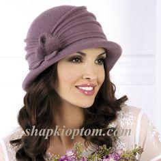 Шляпы женские Willi Felt Necklace, Fleece Hats, Women Church Suits, Cloche Hat, Crochet Fashion, Beret, Hats For Women, Designing Women, Knitted Hats