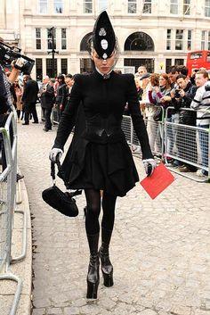 d. Funeral Attire, Daphne Guinness, Sarah Burton, Sculptural Fashion, Sarah  Jessica dd01c3eaa21c
