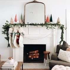 Mantle Decor To Swoon Over this Holiday Season - holiday mantle decor to swoon over this holiday season // kendallandalexis…. Christmas Fireplace, Christmas Mantels, Noel Christmas, Vintage Christmas, Christmas Garlands, White Christmas, Home For Christmas, How To Decorate For Christmas, Christmas Ideas